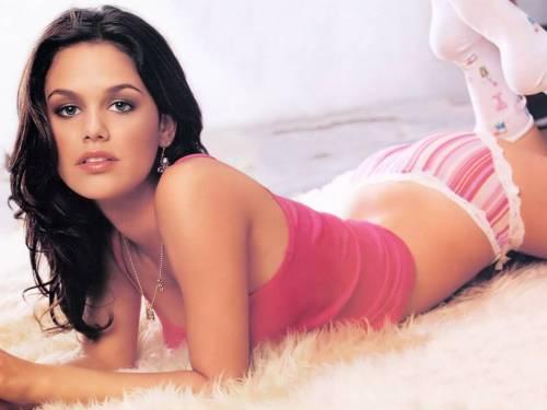 Rachel Bilson Sexy 01